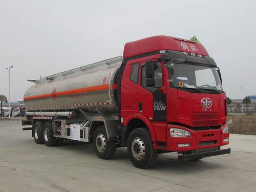 解放J6P 29.7立方铝合金运油车