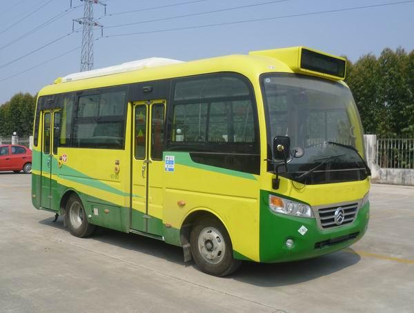 金旅客车图片