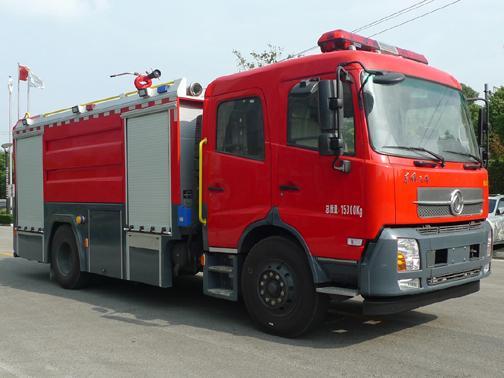 振翔5吨水罐消防车