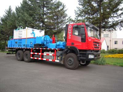 THS5230TJC4洗井车