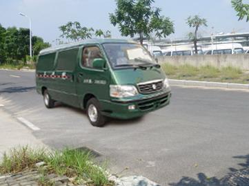 XML5036XYZA8邮政车