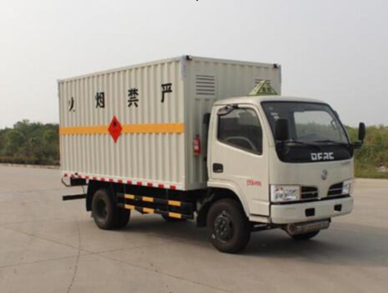 亚博体育官网小多利卡易燃气体厢式运输车图片