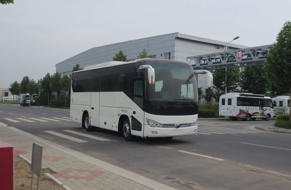 ZK5126XZS5展示车