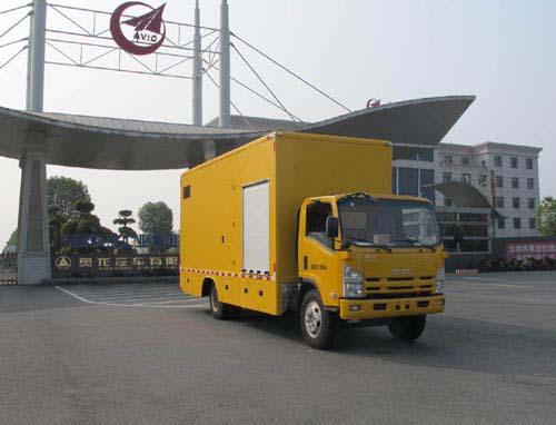 700P单排抢险救援照明车