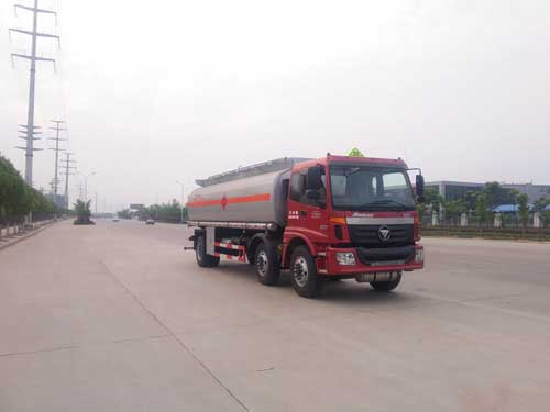 福田欧曼18吨运油车