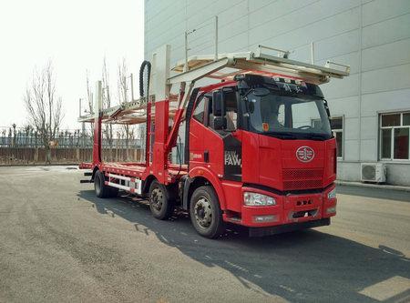 解放J6小三轴车辆运输车