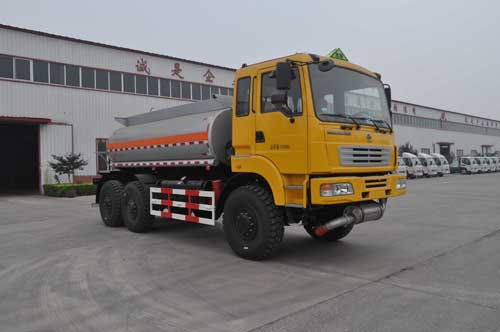 QLG5200TSMGYY运油沙漠车