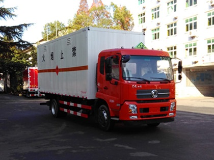 DFH5180XRQBX1DV易燃气体厢式运输车