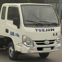 汽油版跃进小福星易燃液体厢式运输车