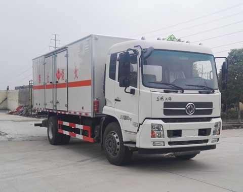 (厢长6.6米)天锦易燃液体厢式运输车