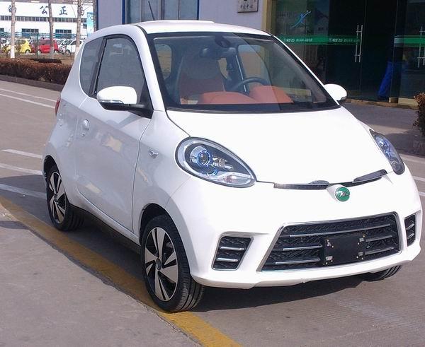 SMA7001BEV73纯电动轿车