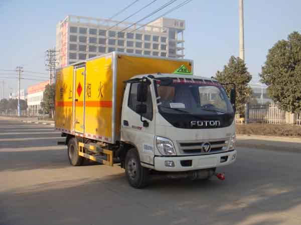 JDF5080XRYB5易燃液體廂式運輸車