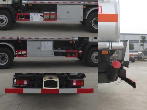 重汽豪沃8吨加油车图片