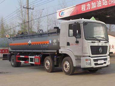 東風15方液堿運輸車
