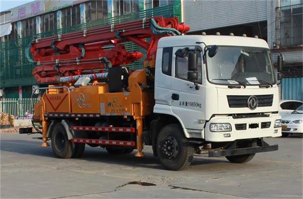 科尼乐泵车图片