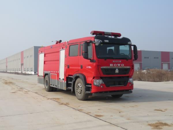 重汽8方Z型水罐消防车