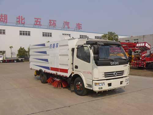 东风多利卡HCQ5082TSLE5扫路车