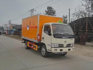 东风多利卡9类杂项危险物品厢式运输车