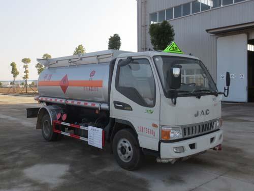 江淮甲醇、酒精油罐車3.5噸