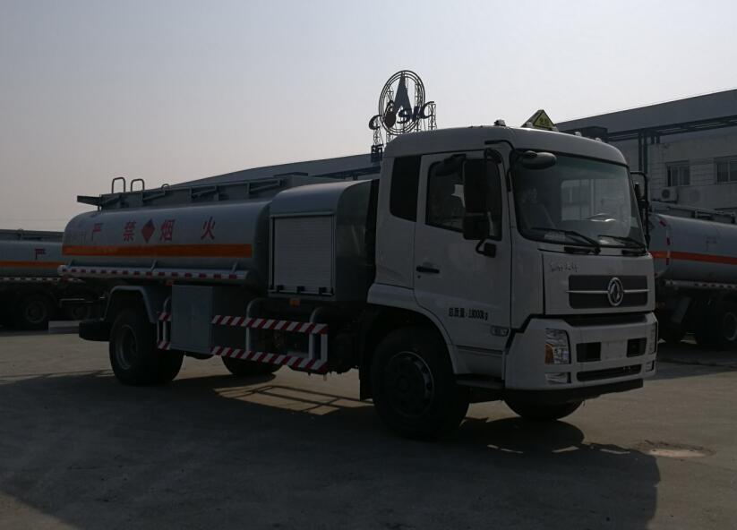 13吨加油车的主要用途及特点