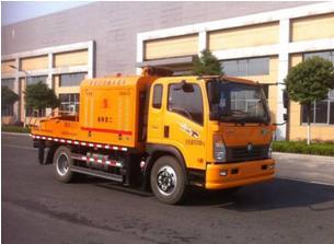 工九车载式混凝土输送泵车图片