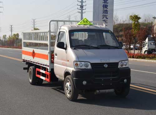 (厢长3.3米)东风俊风气瓶运输车