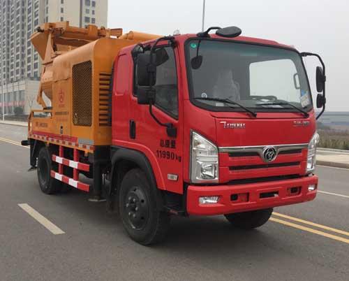 鹏翔星通车载式混凝土输送泵车图片