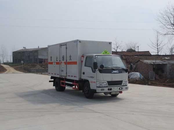 JDF5040XDGJ5毒性和感染性物品厢式运输车