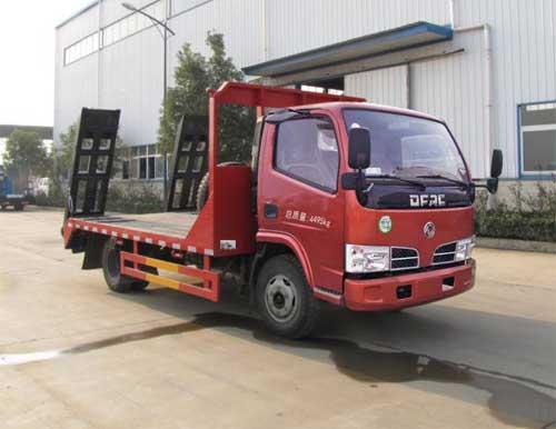 东风福瑞卡蓝牌平板运输车/最便宜的小型平板车/小挖机拖车