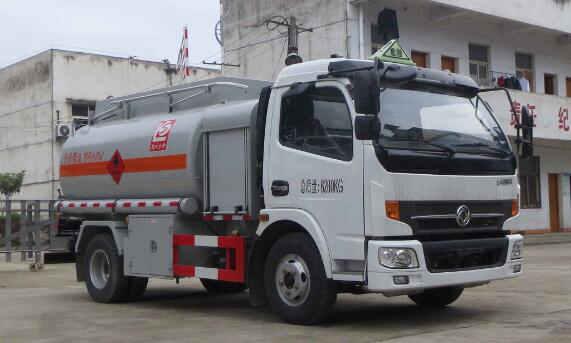 东风凯普特4-5吨流动加油车