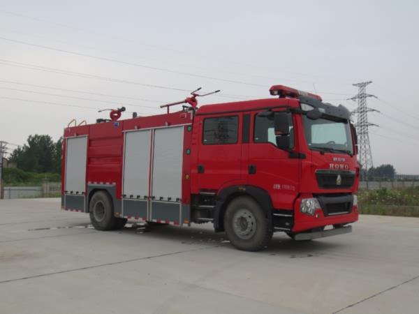 江特干粉消防车