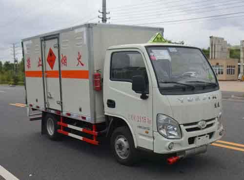JHW5030XRYS易燃液體廂式運輸車