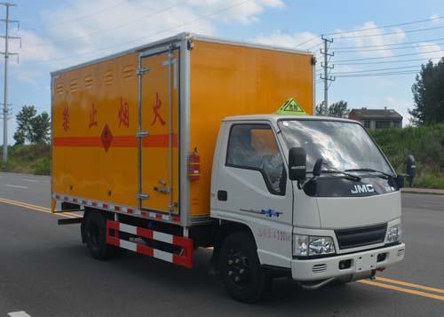 JHW5042XRYJX易燃液體廂式運輸車