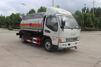 SCS5071GRYHFC易燃液體罐式運輸車
