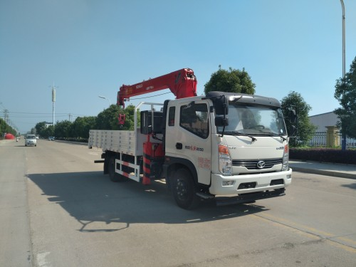 SSF5091JSQP77随车起重运输车