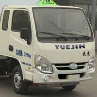 柴油版跃进小福星易燃液体厢式运输车