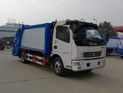 东风大福瑞卡8吨压缩式垃圾车 锡柴140马力