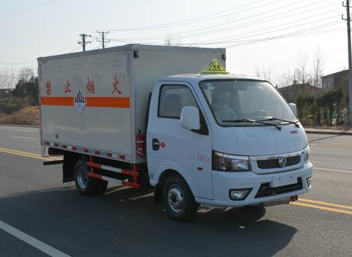 東風途逸3.1米雜項危險物品廂式運輸車