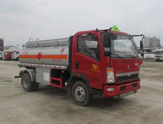 重汽4噸加油車