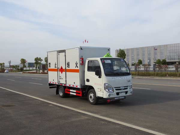 JDF5030XRYNJ5易燃液体厢式运输车