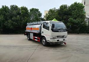5噸加油車的主要功能用途用途及特點圖片