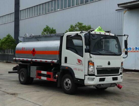 重汽5噸加油車運油車油罐車