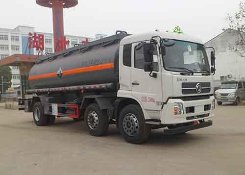东风天锦小三轴14.62立方腐蚀性物品罐式运输车