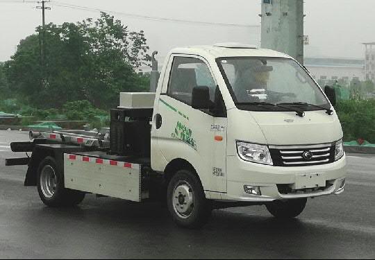 纯电动车厢可卸式垃圾车的注意事项全自动压缩式垃圾车