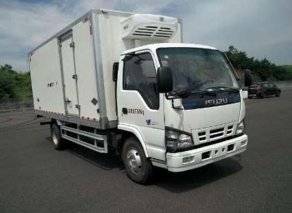 五十铃600P5米冷藏车