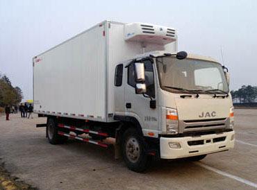 江淮7米6冷藏车(国5)