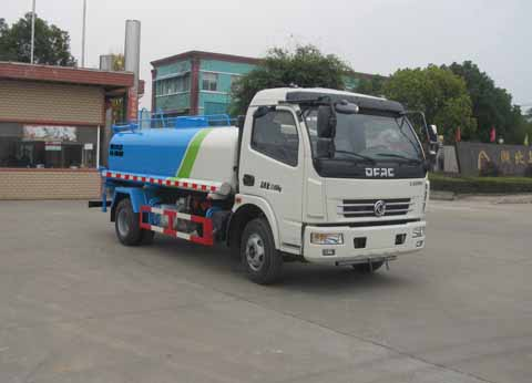 东风多利卡9.2方绿化喷洒车