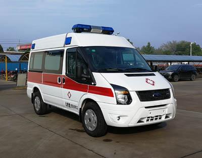 福特V348短轴中顶柴油救护车