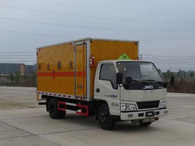 江铃国五易燃气体厢式运输车