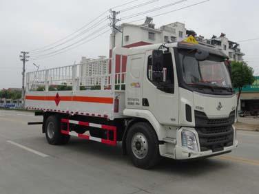 柳汽单桥6米8气瓶运输车